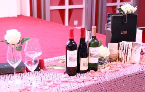 完美上海分公司成功举办葡萄酒品味之旅活动